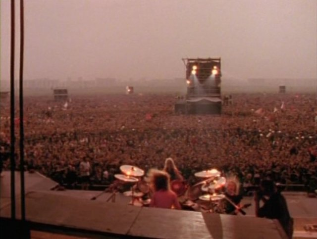 9. Metallica - Tushino Airfield - Sept. 28, 1991.jpg
